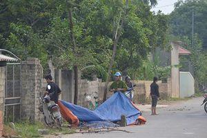 Bàng hoàng phát hiện thi thể người đàn ông bên vệ đường