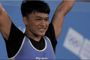 Ngô Sơn Đỉnh xuất sắc giành HCV Olympic trẻ 2018