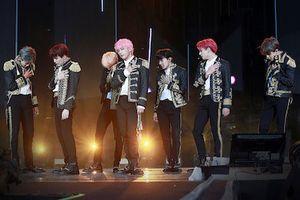 BTS trình diễn lần đầu tại SVĐ Mỹ: Sức hút khiến New York chao đảo