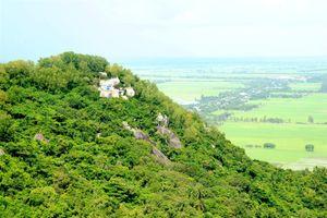 Ngắm vẻ đẹp núi Ba Thê hùng vĩ