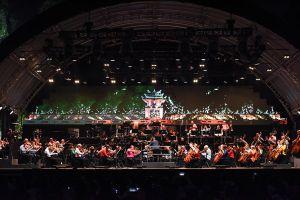 Vietnam Airlines Classic – Hanoi Concert 2018: Bữa tiệc âm nhạc đầy hứng khởi