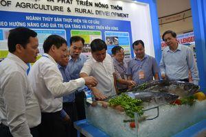 Phát triển thị trường tiêu thụ thủy sản nội địa