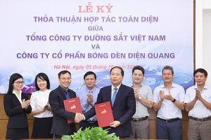 Tổng công ty Đường Sắt Việt Nam chọn Điện quang làm đối tác chiến lược