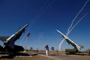 Bị Mỹ dọa, Nga trả lời đanh thép bằng loạt vũ khí mạnh