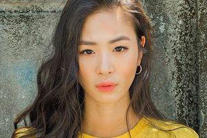 Thiếu nữ Hàn Quốc khiến vạn anh chàng xếp hàng xin làm người yêu
