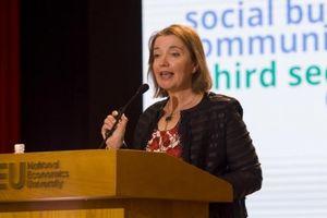 Chuyên gia Anh chia sẻ kinh nghiệm thúc đẩy sáng tạo xã hội