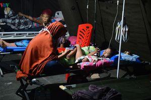 Thảm họa động đất, sóng thần ở Indonesia: Đêm trong viện dã chiến Palu