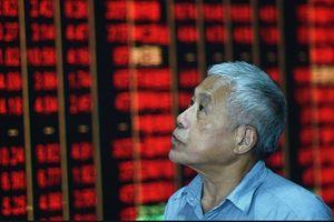 Chứng khoán Trung Quốc lao dốc gần 3% sau Tuần lễ mừng Quốc khánh