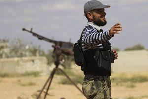 Lực lượng Syria nổi dậy hoàn tất việc rút vũ khí hạng nặng khỏi Idlib