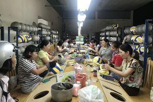 Di dời nhà máy của Cty CP Thể dục Thể thao Việt Nam: Người lao động thấp thỏm sợ mất việc làm