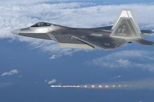 Chứng minh F-22 bất lực khi tấn công S-300