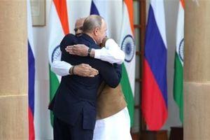 Mỹ giáng đòn, Nga dùng chiêu khích tướng Ấn Độ