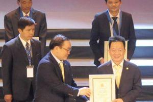 Nhận danh hiệu 'Công dân Thủ đô ưu tú' 2018, Bầu Hiển nói gì?