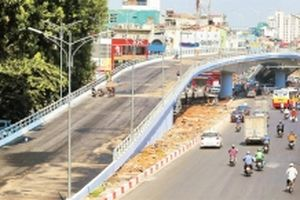 Hoàn thành công trình cầu vượt nút giao An Dương - Thanh Niên