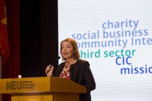 Cùng chuyên gia Anh quốc luận bàn về Hành trình sáng tạo xã hội