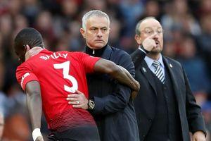 Mourinho giữ được ghế nhưng hơn 10 ngôi sao sẽ phải rời M.U