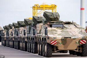 Chùm ảnh NATO rầm rập đưa quân đến áp sát Nga, chuẩn bị 'đánh trận' lớn