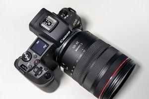 Canon EOS R có giá bán tại Việt Nam: 55 triệu đồng cho thân máy