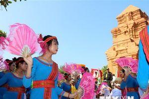 Đồng bào Chăm ở Ninh Thuận vui đón Lễ hội Katê năm 2018