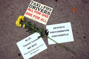 Tài xế Uber tự tử, cơ quan quản lý hứng bão dư luận