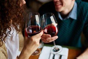 Người uống rượu hàng ngày có nguy cơ chết sớm