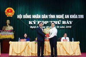 Thủ tướng phê chuẩn tân Chủ tịch UBND tỉnh Nghệ An 42 tuổi