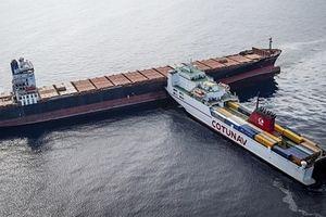 600 tấn dầu thô rò rỉ trên biển Địa Trung Hải sau cú va chạm tàu