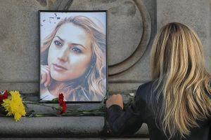Người dân đau buồn tưởng nhớ nữ nhà báo Bulgaria bị sát hại tàn bạo