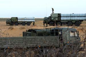 Nga 'tặng' Syria 3 tổ hợp phòng không S-300 tối tân cùng hơn 300 tên lửa