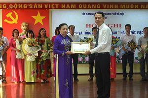 Hàng trăm y, bác sĩ của Hà Nội được tôn vinh 'Người tốt, việc tốt'