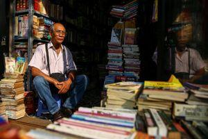 Tới Đường sách Sài Gòn, gặp ông chủ tiệm từng phá sản với 10 tấn sách