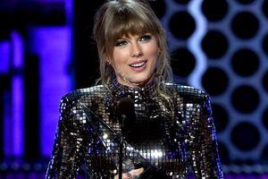 Taylor Swift thắng áp đảo ở AMAs 2018, phá kỷ lục của Whitney Houston