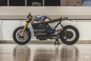 Mẫu độ BMW K100 Cafe racer mới nhất từ Bolt Motor