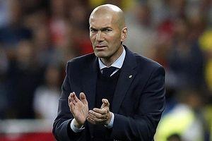 Bayern nhắm Zidane, Wenger cho khả năng thay HLV
