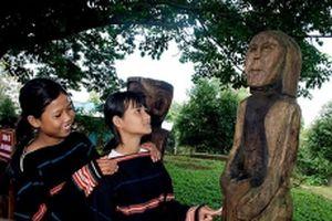 Khánh thành khu trưng bày tượng gỗ dân gian Ba Na, Gia Rai