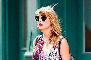 'Rắn chúa' Taylor Swift làm rung chuyển chính trường Mỹ: 240.000 cử tri đổ xô đi bầu cử