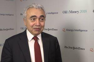 IEA cảnh báo giá dầu tăng quá nóng