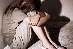 Trà Vinh: Liên tiếp bắt giữ 2 thanh niên dụ dỗ bé gái làm chuyện người lớn