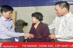 Hội Doanh nhân trẻ Hà Tĩnh tặng quà nạn nhân chất độc da cam