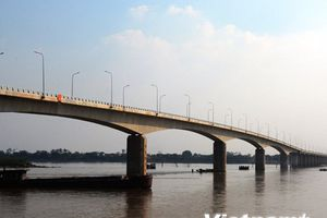Thông xe cầu Việt Trì-Ba Vì gần 1.500 tỷ đồng bắc qua sông Hồng