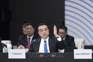 Lo ngại chiến tranh thương mại, Thủ tướng Lý Khắc Cường kêu gọi sự hợp tác của doanh nghiệp Nhật Bản