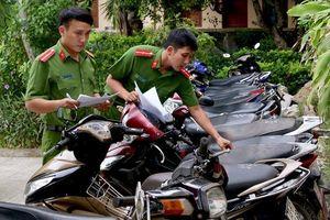 Công an thu giữ 14 xe máy do một nhóm đối tượng trộm cắp trong 1 ngày