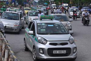 Taxi truyền thống đang 'chết' dần