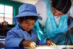 5 câu hỏi đặt ra về quyền được giáo dục bởi 'giáo viên đủ tiêu chuẩn'
