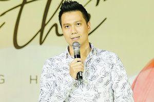 Họp báo MV Quang Hà - Diễn viên Việt Anh chia sẻ về trạng thái độc thân trên facebook: 'Là bấm nhầm thôi'