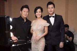 Sau ly hôn, diva Hồng Nhung khoe nhan sắc rạng rỡ khiến dàn trai đẹp đứng cạnh 'khó thở'