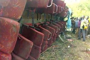 Tai nạn xe buýt thảm khốc tại Kenya, 51 người thiệt mạng