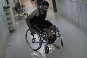 Hình ảnh các thương binh Syria vật lộn với thương tích suốt đời