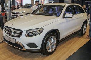Xe sang Mercedes-Benz và Lexus thụt giảm doanh số nghiêm trọng