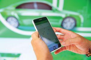Nhộn nhịp thị trường cho thuê xe ô tô